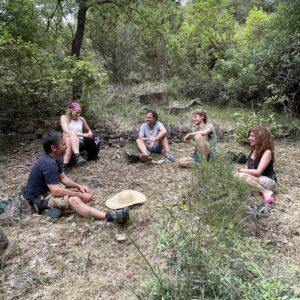 Aprender a sostenerse, el bosque y las barracas